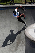 Skateboarder doing tricks Culver City Skateboard Park Culver City Los Angeles County California United States of America - Stock Image - BAFPC4