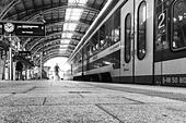 Cityshuttle in Dresden-Neustadt Station - Stock Image - HBBX3R