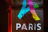 Paris, France. February 9th, 2016. FRANCE, Paris: The logo for Paris as a candidate for the 2024 Olympics Games is projected onto the Arc de Triomphe in Paris on February 9, 2016. ©MICHEL STOUPAK/NEWZULU/Alamy Live News - Stock Image - FF0JJ9