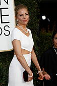 Los Angeles, California, USA. 08th Jan, 2017. Beverly Hills, Us. 08th Jan, 2017. Sienna Miller arrives at the 74th Annual Golden Globe Awards, Golden Globes, in Beverly Hills, Los Angeles, USA, on 08 January 2017. Photo: Hubert Boesl Photo: Hubert Boesl//dpa/Alamy Live News © dpa picture alliance/Alamy Live News - Stock Image - HGEE5K