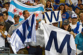 Los Angeles, California, USA. 20th Oct, 2016. Chicago Cubs fans celebrate after defeating the Los Angeles Dodgers 8-4 during game five of the National League Baseball Championship Series on Thursday, Oct. 20, 2016 in Los Angeles. (Photo by Keith Birmingham, Pasadena Star-News/SCNG) © San Gabriel Valley Tribune/ZUMA Wire/Alamy Live News - Stock Image - H5FBD2