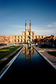 The Takieh of the Amir Chakhmaq complex in the Iranian city of Yazd. - Stock Image - A3K9XW