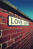 love lane sign on wall - Stock Image - D8TDA7