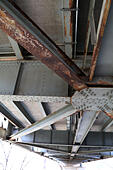 infrastructure - Rust and damage to the Brent Spence Bridge that carries Interstates 71 and 75 across the Ohio River between ohio and , Kentucky - Stock Image - J1CHY9