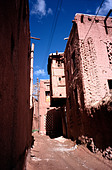 April 8, 2006 - The ancient village of Abyaneh near the Iranian city of Kashan. - Stock Image - A3KA6R