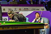 Daqing, China's Heilongjiang Province. 30th Oct, 2016. Mark Selby (L) of England competes during the final match against Ding Junhui of China at the 2016 World Snooker International Championship in Daqing, northeast China's Heilongjiang Province, Oct. 30, 2016. Mark Selby won 10-1 and claimed the title. © Wang Song/Xinhua/Alamy Live News - Stock Image - H6KBP3