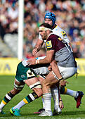 London, UK. 8th October, 2016. Jamie Roberts of Harlequins was tackled during Aviva Premiership Rugby game between Harlequins and Northampton Saints at Twickenham Stoop on Saturday. © Taka Wu/Alamy Live News - Stock Image - H3GMXR
