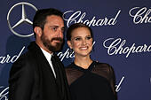 Palm Springs, Ca. 2nd Jan, 2017. Natalie Portman, Benjamin Millepied at the 2017 Palm Springs International Film Festival Gala at the Palm Springs Convention Center in Palm Springs, California on January 2, 2017. © David Edwards/Media Punch/Alamy Live News - Stock Image - HG69N5