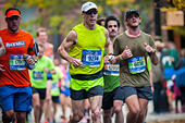 New York, USA. 06th Nov, 2016. Runners pass through Harlem in New York near the 22 mile mark near Mount Morris Park on Sunday, November 6, 2016 in the 46th annual TCS New York City Marathon. About 50,000 runners from over 120 countries are expected to compete in the race, the world's largest marathon. ( © Richard B. Levine) © Richard Levine/Alamy Live News - Stock Image - H7M6MF