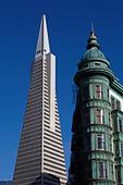 Financial district and Transamerica Pyramid in San Francisco, California, USA - Stock Image - J34M00