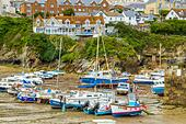 Boats in the picturesque harbour of Newquay in Cornwall, UK - Stock Image - HEYKJC